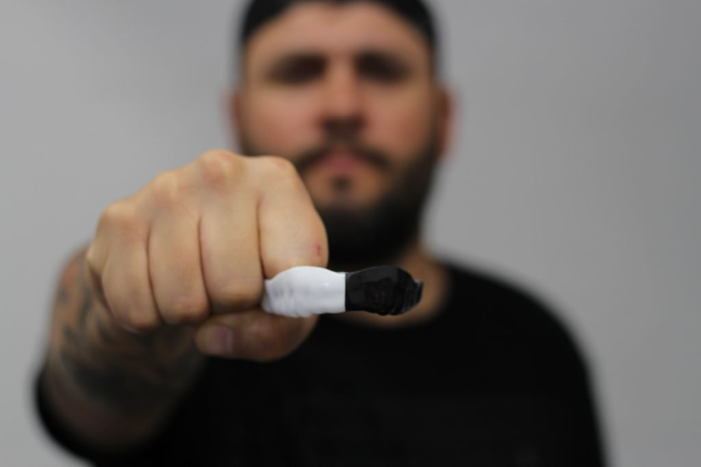 sentinel athletic mouth guard for weight lifting